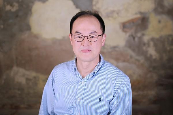 Cheolhwan Yoon